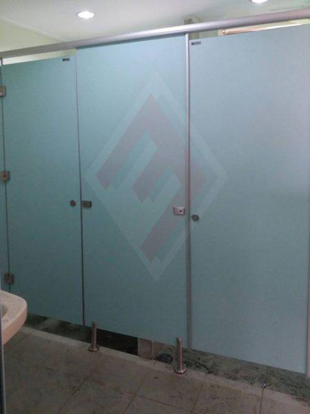 Cubicle Toilet di Rumah Sakit RKZ Surabaya