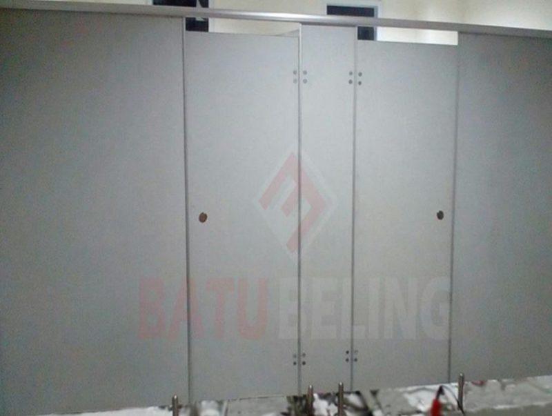 Toilet Cubicle di Kantor Dinas Perhubungan Surabaya